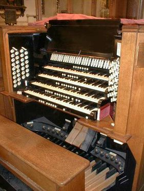 Willis organ at St Mary's, Reading